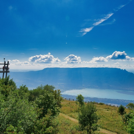 Lake Bourget viewpoints and apéritif